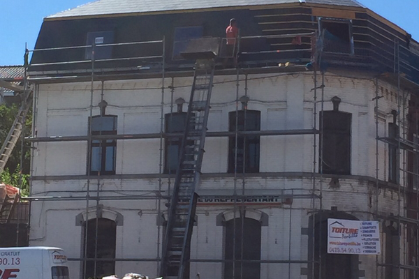 Entrepreneur toits à Charleroi