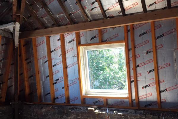 Entrepreneur toitures à Charleroi isolation